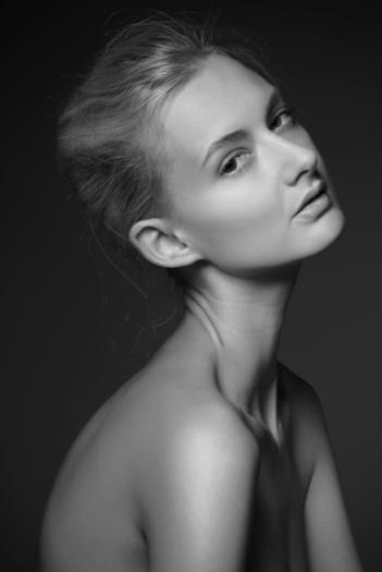 joy-randall-spring-makeup-tips-2