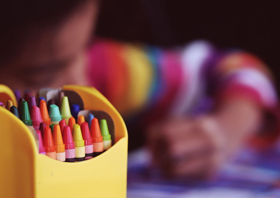 kids-coloring-with-crayons-1